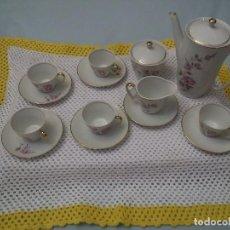 Antigüedades: ANTIGUO JUEGO DE CAFE CON CINCO TAZAS-PORCELANA-MAH VIGO. Lote 117214527