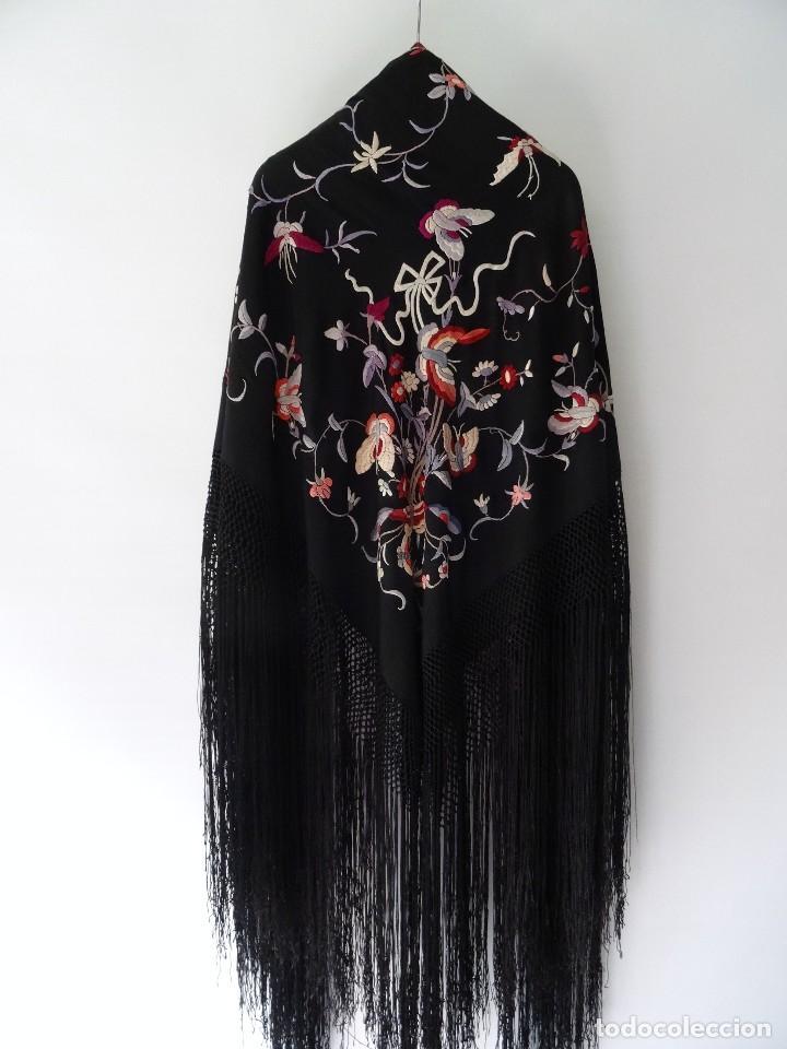 Antigüedades: Manton de seda negro - Foto 2 - 117215723