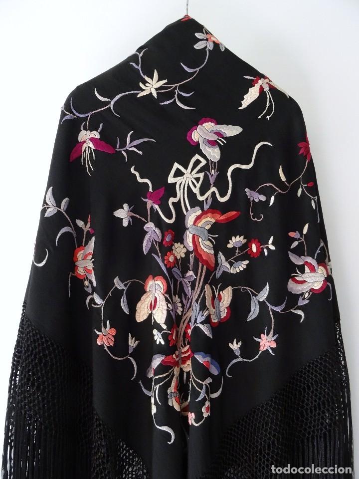 Antigüedades: Manton de seda negro - Foto 3 - 117215723