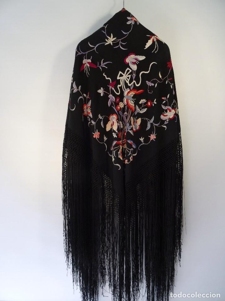 Antigüedades: Manton de seda negro - Foto 5 - 117215723