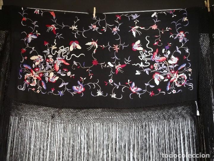 Antigüedades: Manton de seda negro - Foto 9 - 117215723