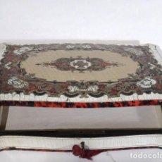 Antigüedades - Caja de guantes con marquetería Boulle - 117218811