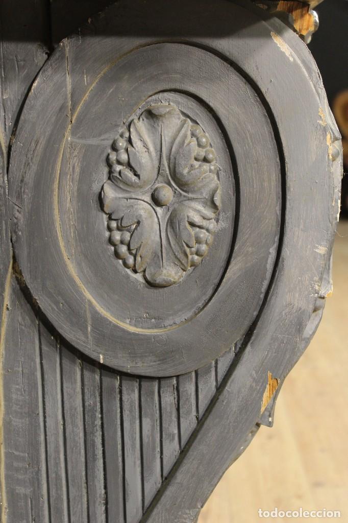 Antigüedades: Consola francesa en madera lacada y tallada del siglo XX - Foto 11 - 117222739