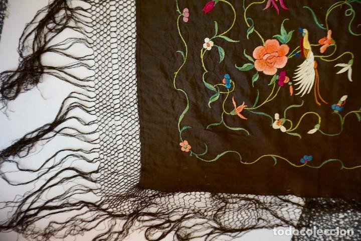 Antigüedades: manton de manila antiguo isabelino ala de mosca - Foto 2 - 117228939