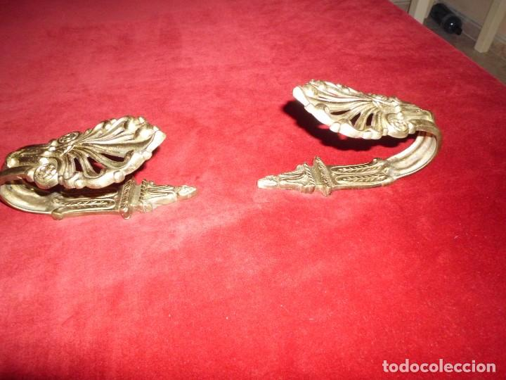 Antigüedades: ANTIGUO ALZA PAÑOS BRONCE CON ORMOLU - Foto 4 - 117248183