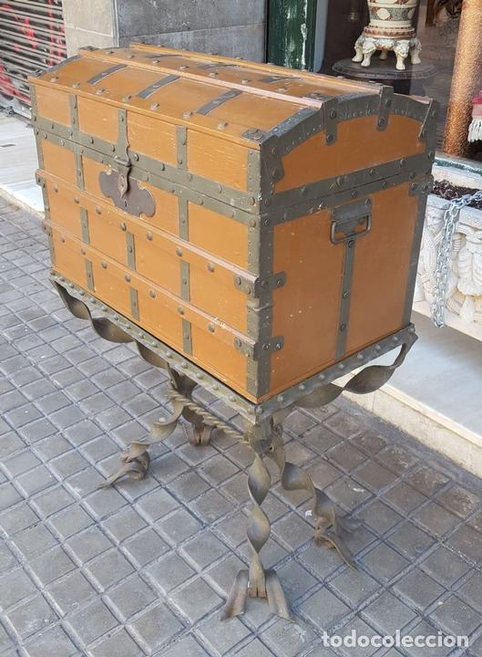 Antigüedades: CONSOLA CON ARCÓN.HIERRO FORJADO. ESTILO MODERNISTA. ESPAÑA. CIRCA 1920. - Foto 4 - 117262839
