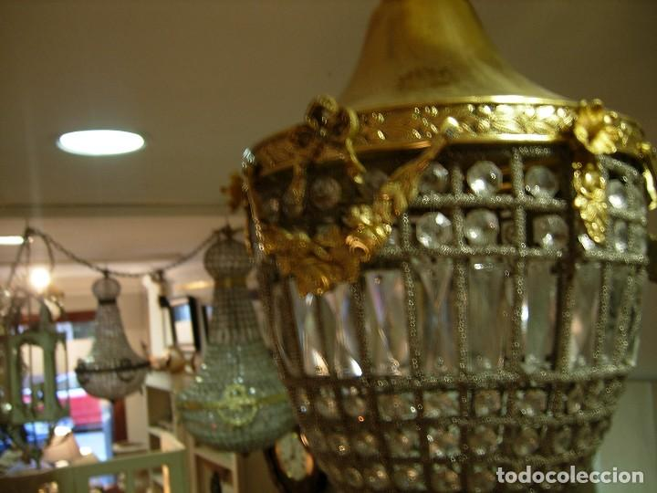 Antigüedades: LAMPARA O GLOBO CON CRISTALES EN BRONCE DORADO - Foto 4 - 117263511