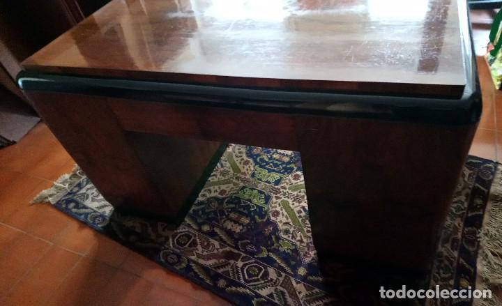 Antigüedades: Fabulosa mesa de despacho Art Decó de Caoba y Palisandro. - Foto 2 - 117272555