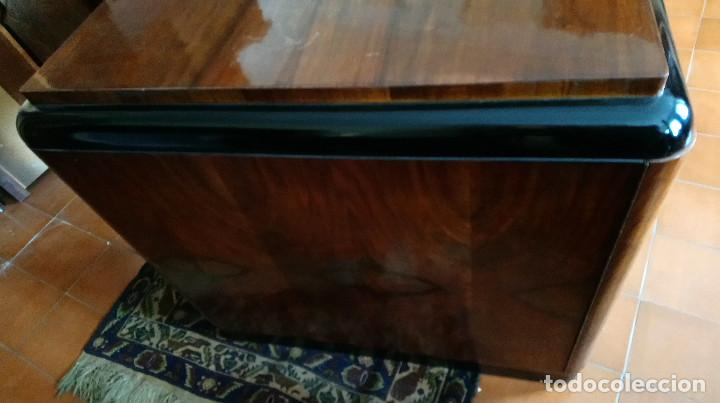 Antigüedades: Fabulosa mesa de despacho Art Decó de Caoba y Palisandro. - Foto 3 - 117272555