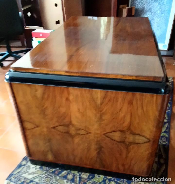 Antigüedades: Fabulosa mesa de despacho Art Decó de Caoba y Palisandro. - Foto 5 - 117272555