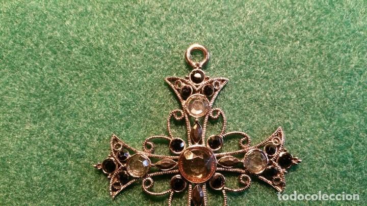 Antigüedades: PRECIOSO CRUCIFIJO DE METAL Y PEDRERIA - Foto 2 - 117316551