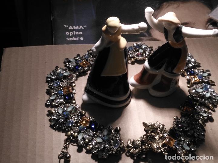 Antigüedades: pareja gallegos bailando ceramica luarada simil sargadelos porcelana galicia - diseño gallego 2014 - Foto 5 - 117322811