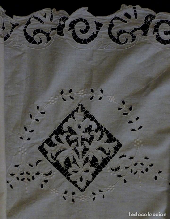 ANTIGUA PIEZA DE ENCAJE RICHELIEU - PRINCIPIO S.XX (Antigüedades - Moda - Encajes)
