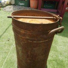 Antigüedades: ANTIGUA LECHERA HIERRO. Lote 117368106