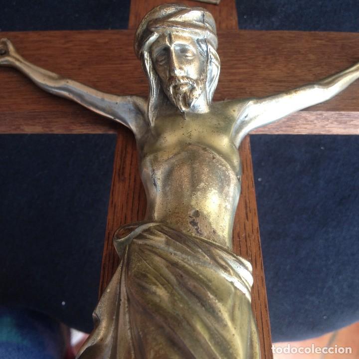Antigüedades: Antigúa cruz de madera noble con jesus cristo de bronce. - Foto 4 - 117380783