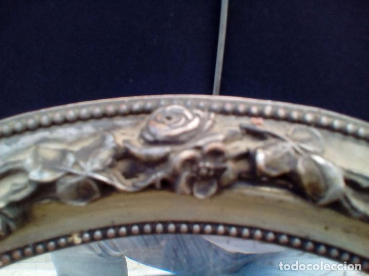 Antigüedades: DOS ANTIGUOS ESPEJOS CON MARCO DE MADERA PLATEADA - Foto 12 - 117398135