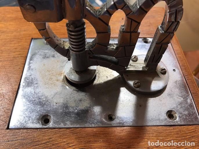 Antigüedades: Máquina Troqueladora Guillotina cortar Hostias Peculiar Decoración Especial - Foto 6 - 117402847