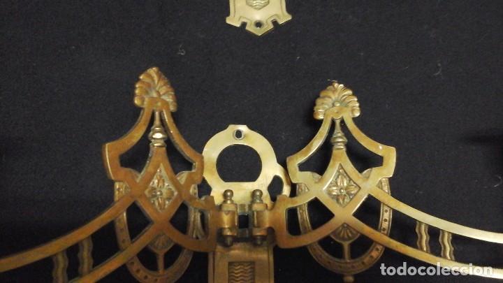 Antigüedades: Pareja de candelabros - apliques en bronce (dobles ) . Siglo xx , modernistas - Foto 3 - 117406979
