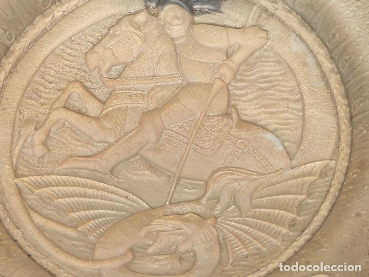 Antigüedades: ANTIGUO PLATO LIMOSNERO DE COBRE CON LOS 4 ESCUDOS DE CATALUNYA PLATEADOS EN RELIEVE 32CM DIAMETRO - Foto 15 - 134183845