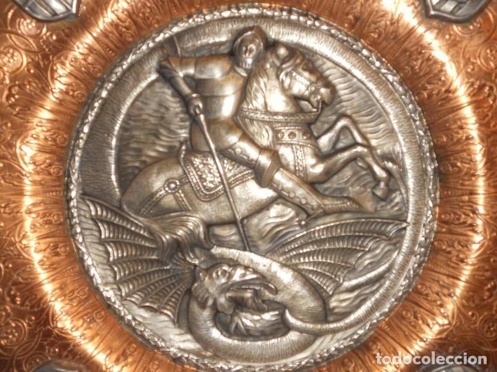 Antigüedades: ANTIGUO PLATO LIMOSNERO DE COBRE CON LOS 4 ESCUDOS DE CATALUNYA PLATEADOS EN RELIEVE 32CM DIAMETRO - Foto 18 - 134183845