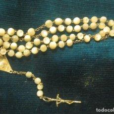 Antigüedades: ANTIGUO ROSARIO DE NACAR CRUZ DE PLATA . Lote 117421215