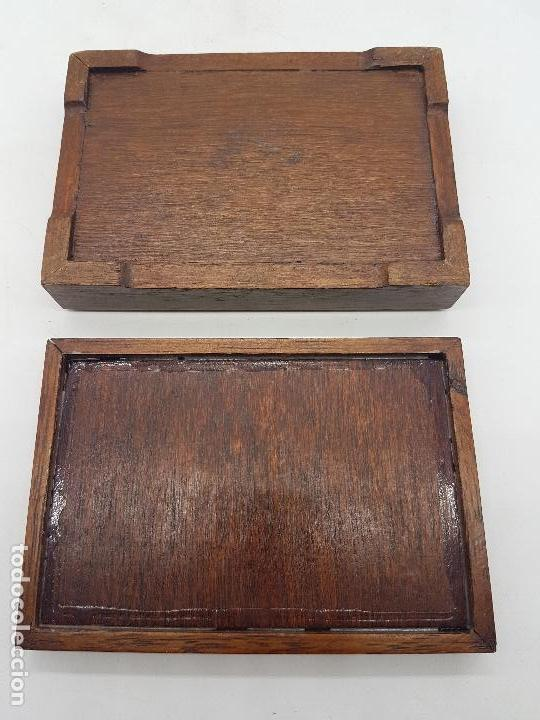 Antigüedades: Estupenda caja de madera y cristal pintado a mano con velero antiguo americano. - Foto 5 - 127613620