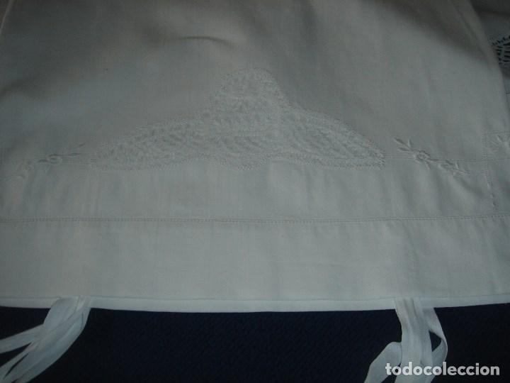 Antigüedades: juego de cama de hilo modernista con aplicacioes de encaje,para cama pequeña (1) - Foto 3 - 117447571
