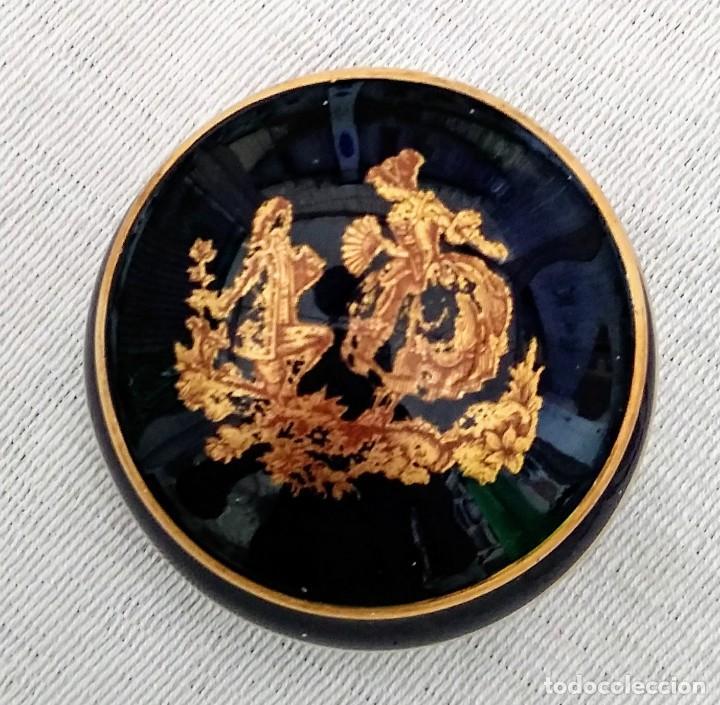 Pequeño joyero de Limoges en azul cobalto y oro. Firmado Porcelaine d'art LIMOGES France - 117450503