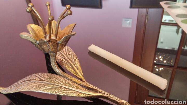 Antigüedades: Portavelas bronce FLOR - Foto 4 - 117469176