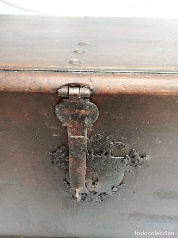 Antigüedades: ARCA-ARCÓN-BAÚL ANTIGUO DE NOGAL - Foto 4 - 117474183