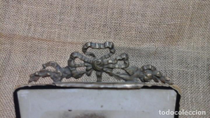 Antigüedades: Portafotos -atril francés en bronce . Finales del XIX - Foto 2 - 117486863