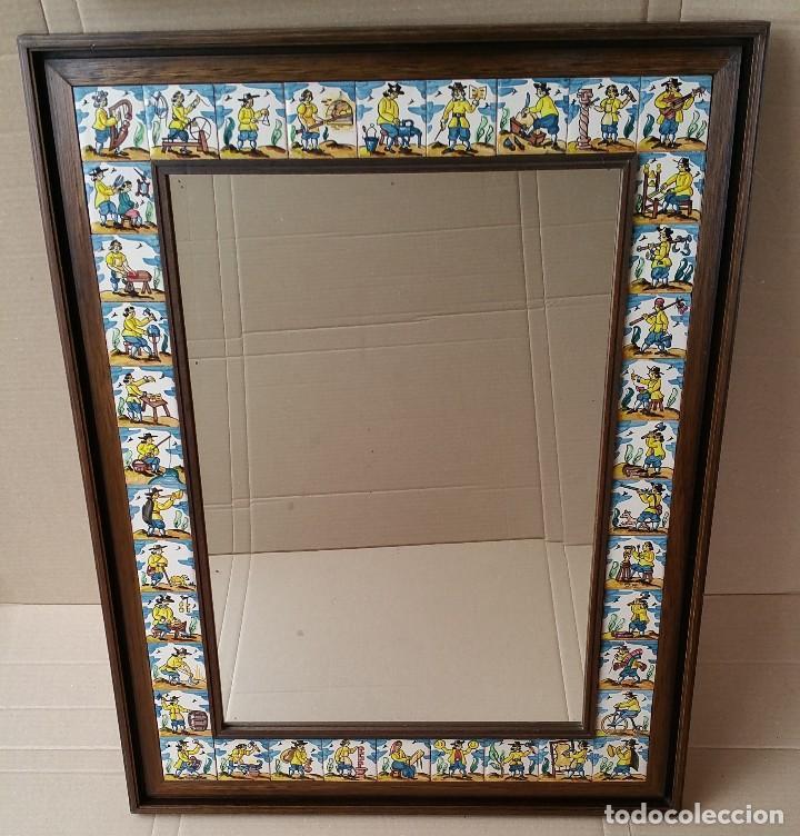 Espejo con marco de madera decorado con azulejo comprar for Espejos con marco de madera decorados