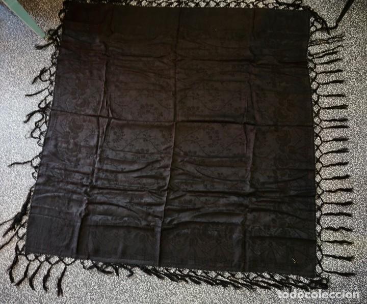 Antigüedades: mantón de Manila antiguo adamascado negro - Foto 2 - 117550823