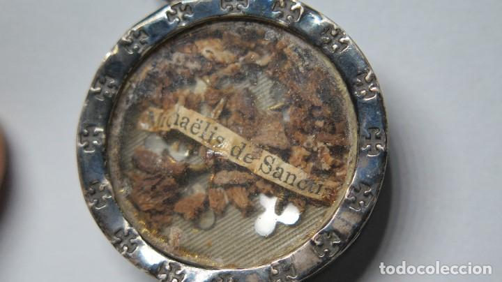 Antigüedades: RELICARIO DE PLATA. SAN MIGUEL DE SANTOS. SIGLO XIX - Foto 2 - 117576115