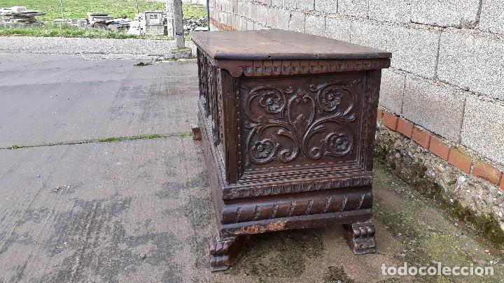 Antigüedades: Arcón antiguo macizo de nogal s.XVIII estilo barroco español baul antiguo arca antigua caja de novia - Foto 5 - 117587371