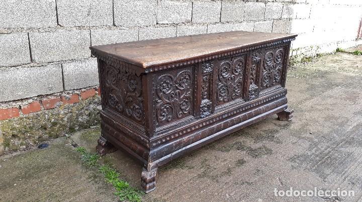 Antigüedades: Arcón antiguo macizo de nogal s.XVIII estilo barroco español baul antiguo arca antigua caja de novia - Foto 13 - 117587371
