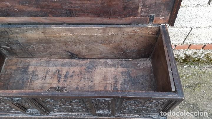 Antigüedades: Arcón antiguo macizo de nogal s.XVIII estilo barroco español baul antiguo arca antigua caja de novia - Foto 22 - 117587371