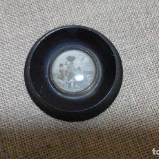Antigüedades: PEQUEÑO MARCO CIRCULAR DE LOS AÑOS 40 Ó 50 . . Lote 117589919