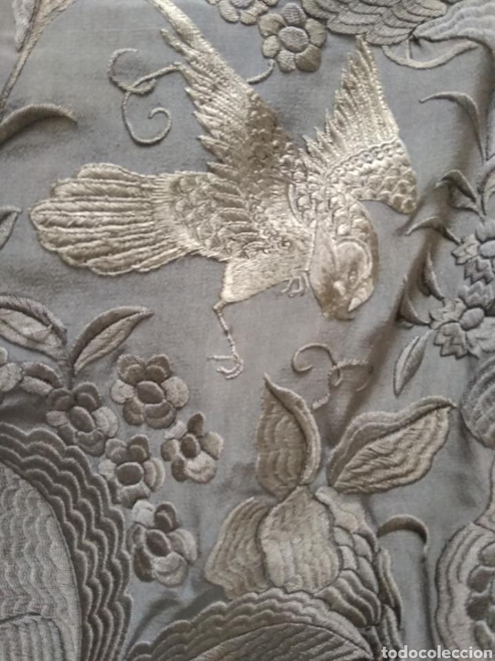 Antigüedades: Mantón de Manila bordado a mano siglo XX - Foto 2 - 117609179