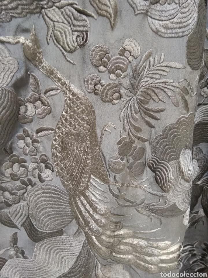 Antigüedades: Mantón de Manila bordado a mano siglo XX - Foto 3 - 117609179