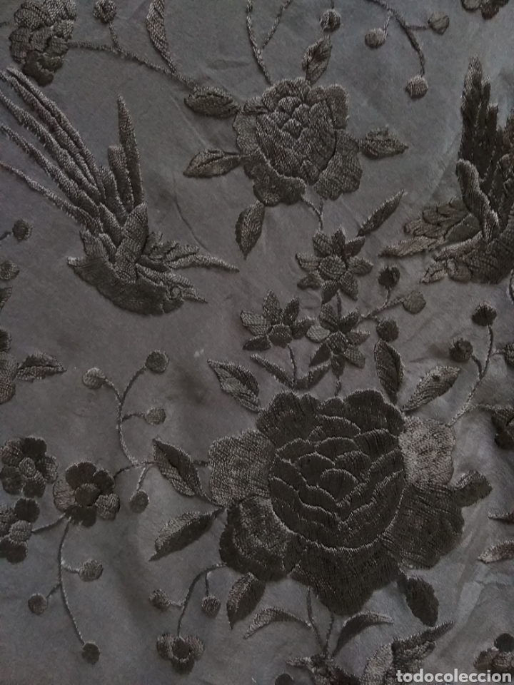 Antigüedades: Manton de Manila siglo XX bordado a mano - Foto 10 - 117613723