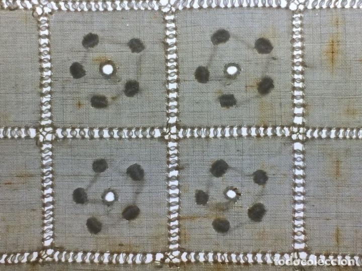 Antigüedades: SÁBANA DE MATRIMONIO. ALGODÓN PROFUSAMENTE BORDADO. ENCAJE BOLILLOS. ESPAÑA. CIRCA 1950 - Foto 11 - 117632555