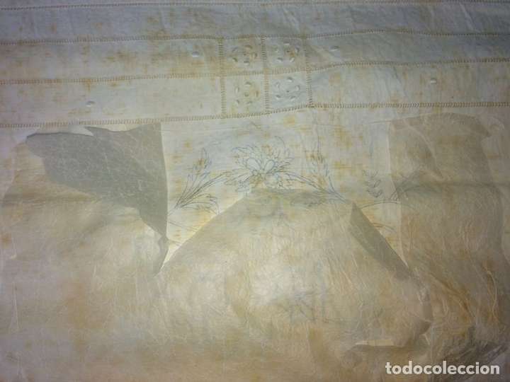 Antigüedades: SÁBANA DE MATRIMONIO. ALGODÓN PROFUSAMENTE BORDADO. ENCAJE BOLILLOS. ESPAÑA. CIRCA 1950 - Foto 18 - 117632555
