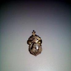 Antigüedades: PIN O BROCHE. PLATA DORADA. ORFEBRERÍA ANTIGUA.. Lote 117664107
