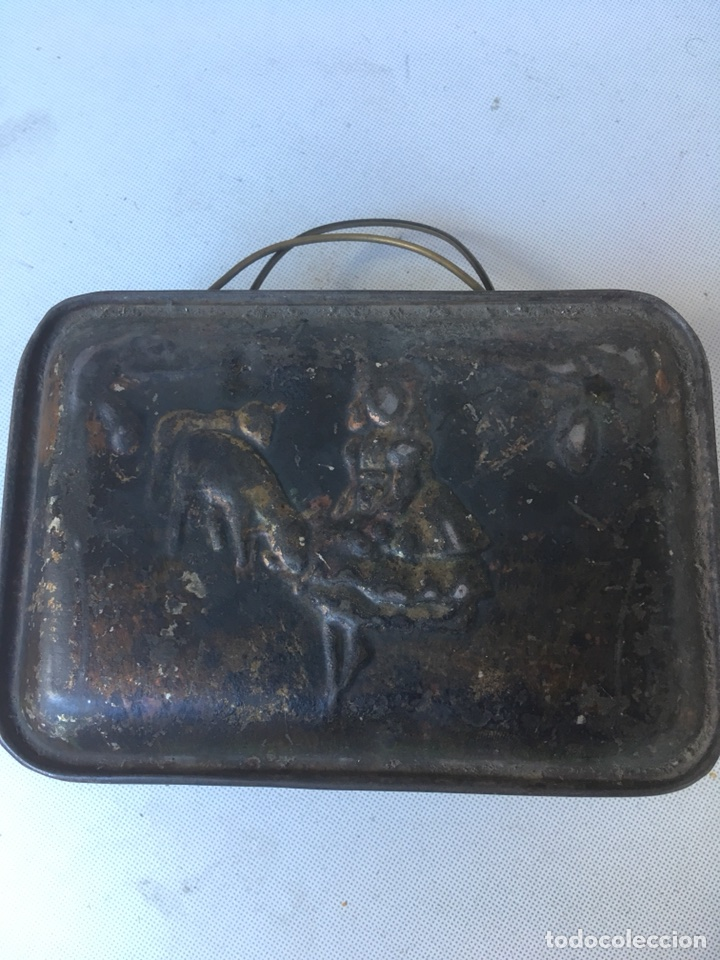Antigüedades: CAJA METALICA DE PASTOR GUARDA COMIDA - Foto 2 - 117667811