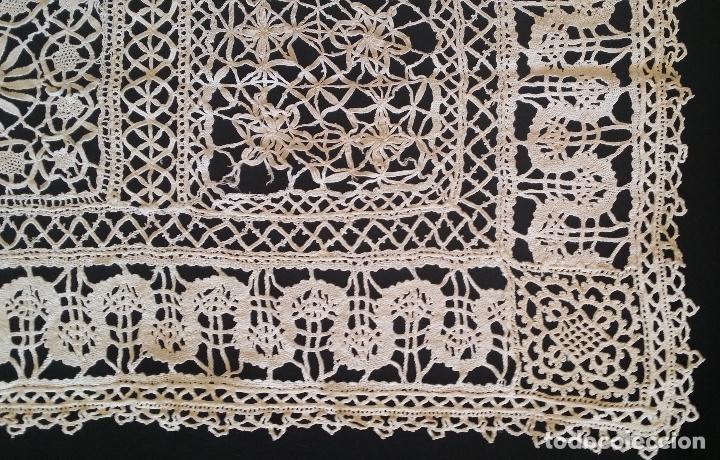 Antigüedades: Antiguo mantel / tapete de bolillos - Foto 5 - 117677411