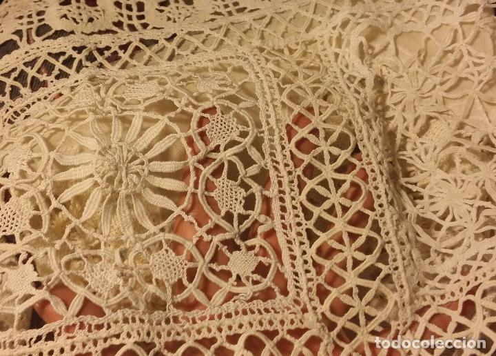 Antigüedades: Antiguo mantel / tapete de bolillos - Foto 7 - 117677411