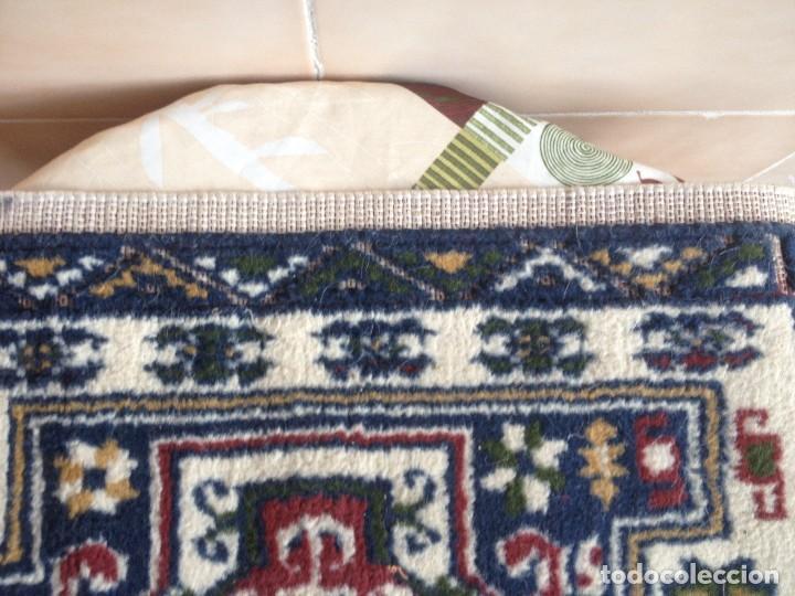 Antigüedades: Pequena alfonbra persa de lana pura echa amano varios colores - Foto 4 - 117692087