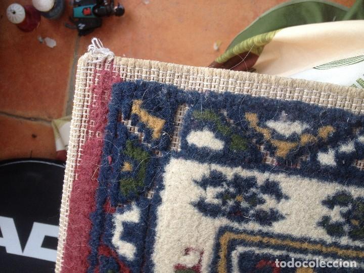 Antigüedades: Pequena alfonbra persa de lana pura echa amano varios colores - Foto 5 - 117692087