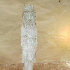 Antigüedades: FIGURA ANTIGUA EN ALABASTRO. ANCIANO CON LEGADO. REPRESENTA LA SABIDURÍA. 44 CMS ALTO. 4 KGS. Lote 117727651